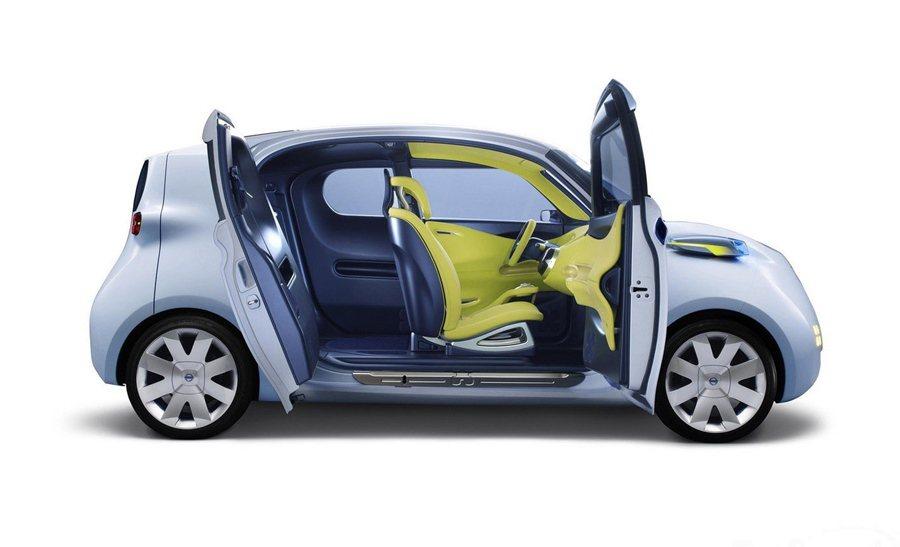 TOWNPOD採對開式車門設計。