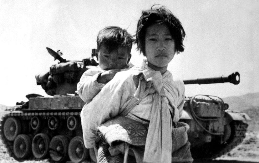 韓戰爆發前期,馳援美軍不但無法獲得南韓民眾協助,許多南韓人甚至直接幫助北韓軍隊。...