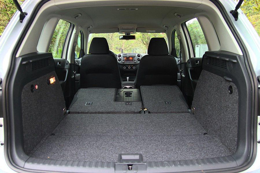 6/4分離折疊後座椅還可獨立前後滑移,Tiguan最高的裝載容量為1,510公升...