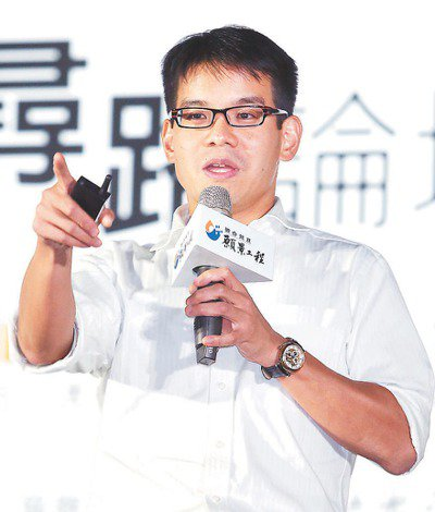 台灣微軟營運暨行銷事業群總經理、微軟大中華區物聯網事業主持人康容。 記者蘇健忠/...
