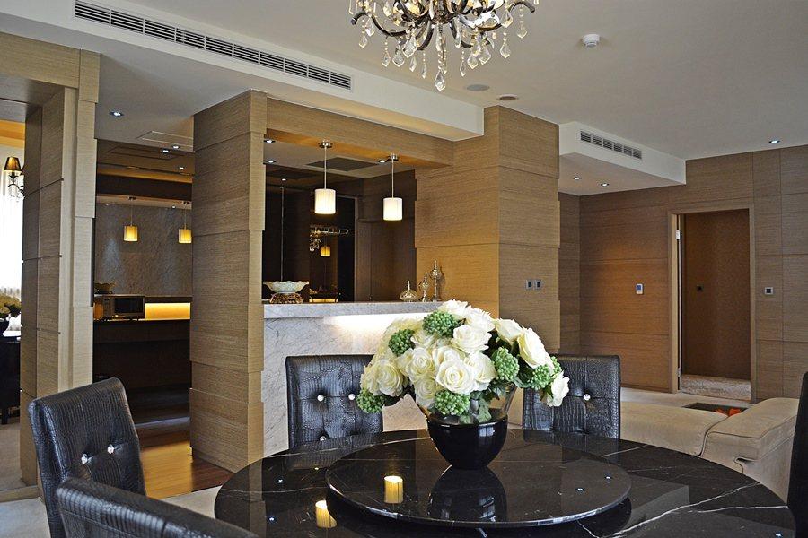 客房內陳設和傢飾和衛浴,都具備星級酒店的精緻水準。