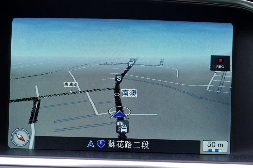 VOLVO原廠Sensus Connect連網影音娛樂系統,內建原廠中文衛星導航...