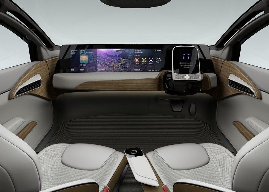 IDS Concept擁有一個舒適而和諧座艙,並加入先進的人工智慧,座艙採用天然...