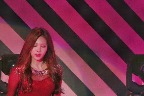 韓國4人女子團體「Girl's Day」出道5年,以性感形象走紅南韓演藝圈,能歌善舞獲得廣大台灣粉絲支持,1日晚間6點半她們在台北國際會議中心舉辦歌友會,這也是她們在台首場個人演出。「Girl...