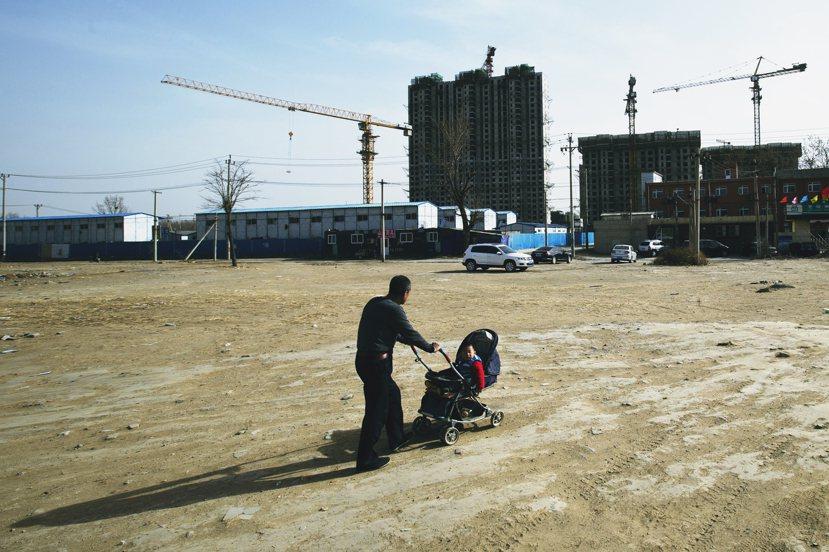 未來的中國是否孩會出現其他「神奇的政策」,成為新的計劃生育主軸,則是下一個值得追...