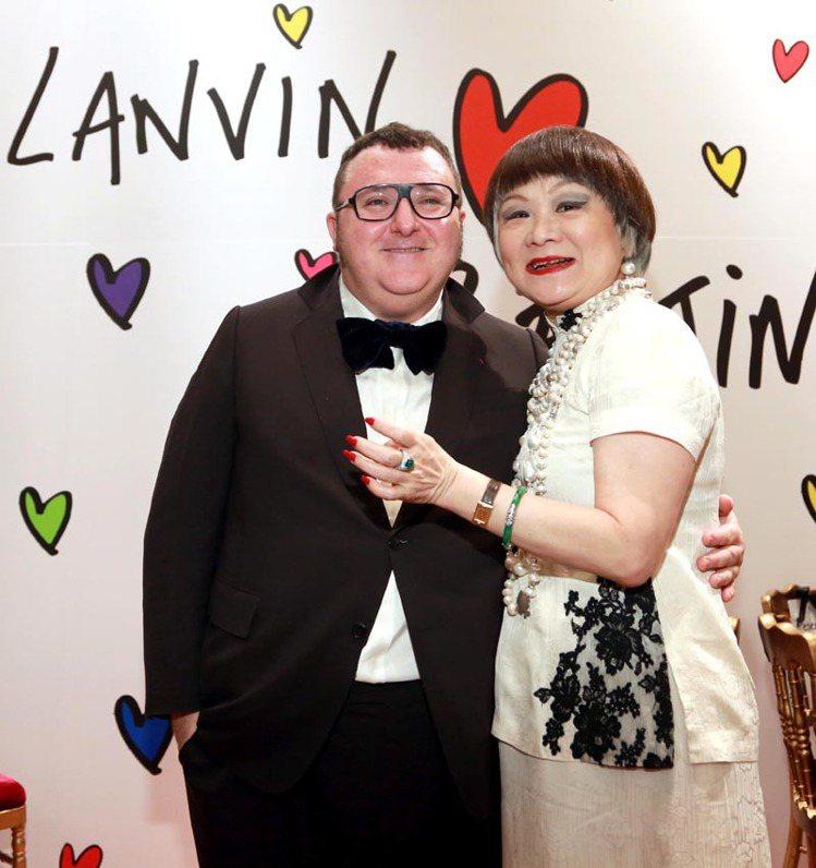 LANVIN總裁王效蘭(右)與艾爾巴仕曾經情同母子,在時尚圈傳為佳話。圖/聯合報...