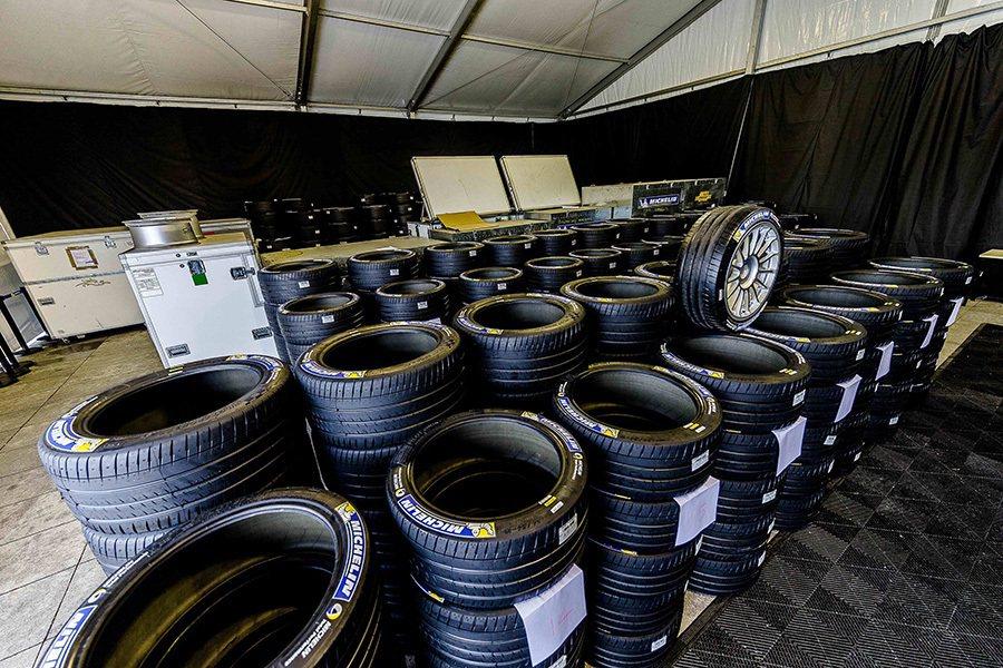 賽事指定專用胎—MICHELIN Pilot Sport EV賽車胎帶來一系列的...