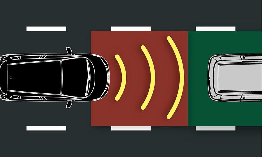 FIT S魅力升級版-前車碰撞警示系統。 Honda Taiwan提供