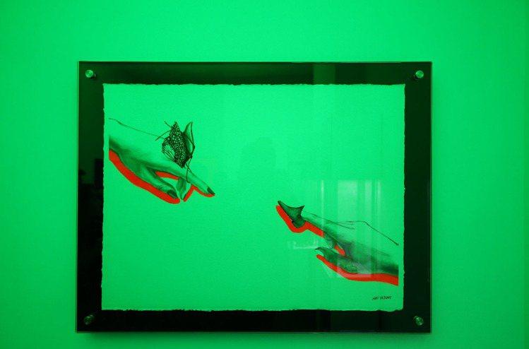 蘇菲亞羅蘭靈感的展間以綠色呈現,此為藝術家韓婭娟以她為靈感的畫作。記者陳若齡/攝...