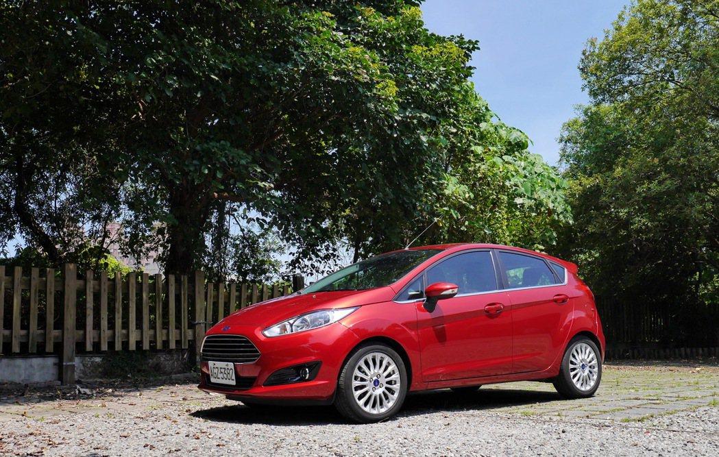 Ford Fiesta 1.0L Ecoboost。 記者陳威任/攝影