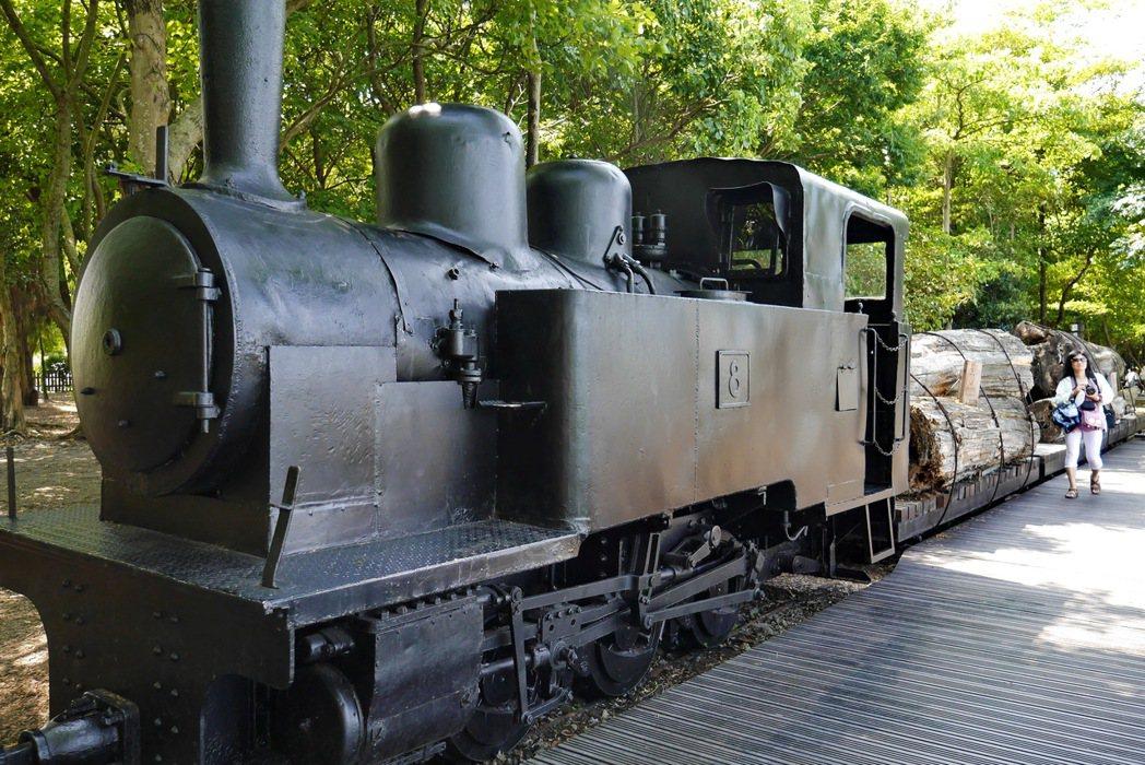 竹林車站、森林鐵路及蒸氣火車頭,則是見證林業運材史的最佳歷史地景。 記者陳威任/...
