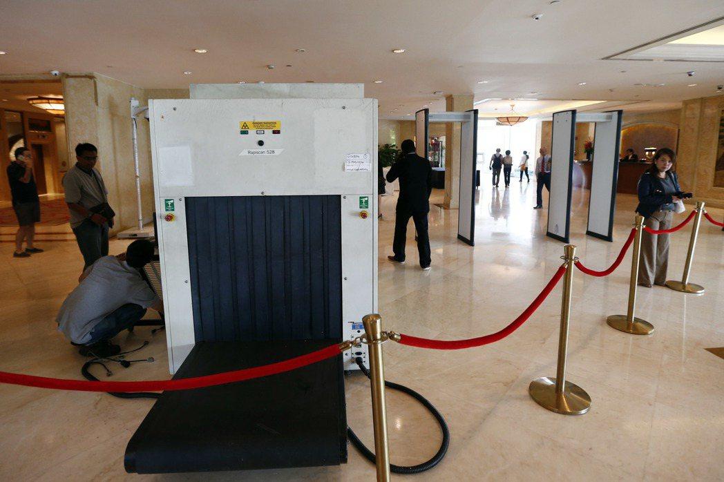 新加坡香格里拉酒店安裝安檢設備 圖/中新社