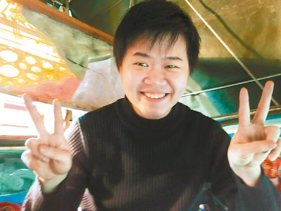 布袋戲演師柯忠賢,準備1年考上司法特考監所管理員。 圖/柯忠賢提供