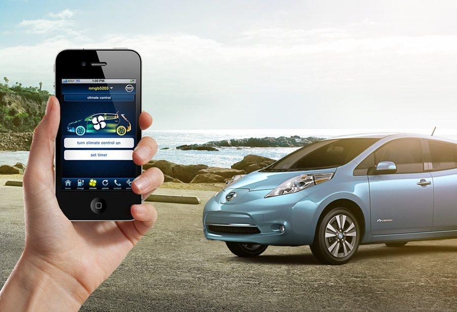現代人對行動裝置的倚賴,讓車商看準此一商機,藉智慧手機App強化與車主的互動,像...