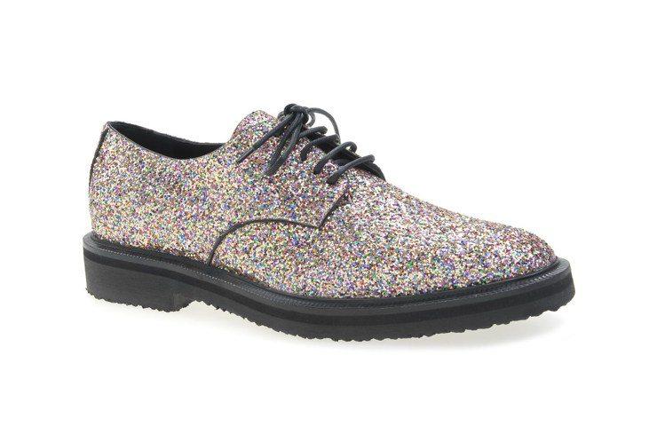 GZXGD彩色亮片綁帶女鞋、29,000元。圖/GZD提供