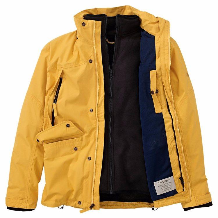 亮色系設計的Ragged Mountain三合ㄧ防水外套,價格9,900元。圖/...