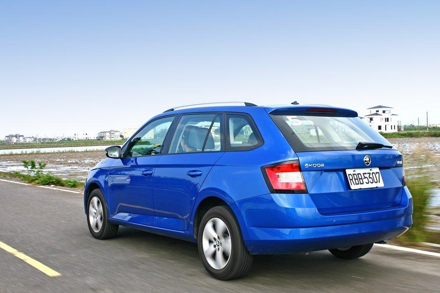 Fabia Combi搭配Start and Stop怠速引擎熄火裝置和煞車動能...