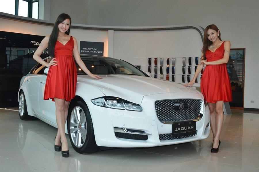 Jaguar Land Rover總代理九和汽車今日為年底台北車展集結四位亮麗車...