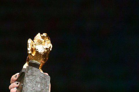 第52屆金馬獎在國父紀念館盛大舉行,最佳女配角獎由「醉.生夢死」 的呂雪鳳獲得。