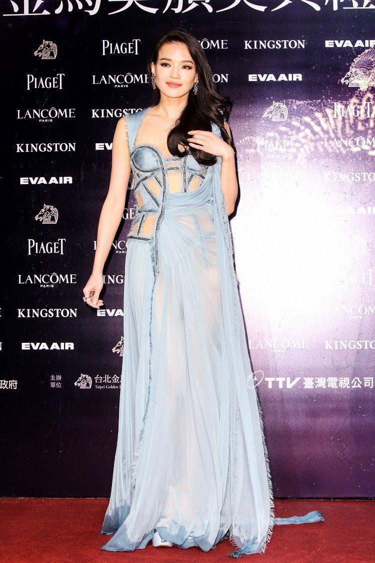 舒淇穿Versace高級訂製服,配戴寶格麗珠寶。圖/攝影中心