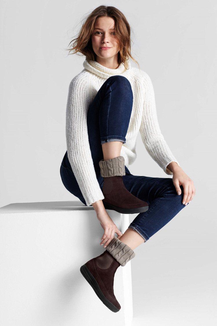 FitFlop冬天推出保暖翻毛靴,是搭配波西米亞風的最佳配件,8,550元。圖/...