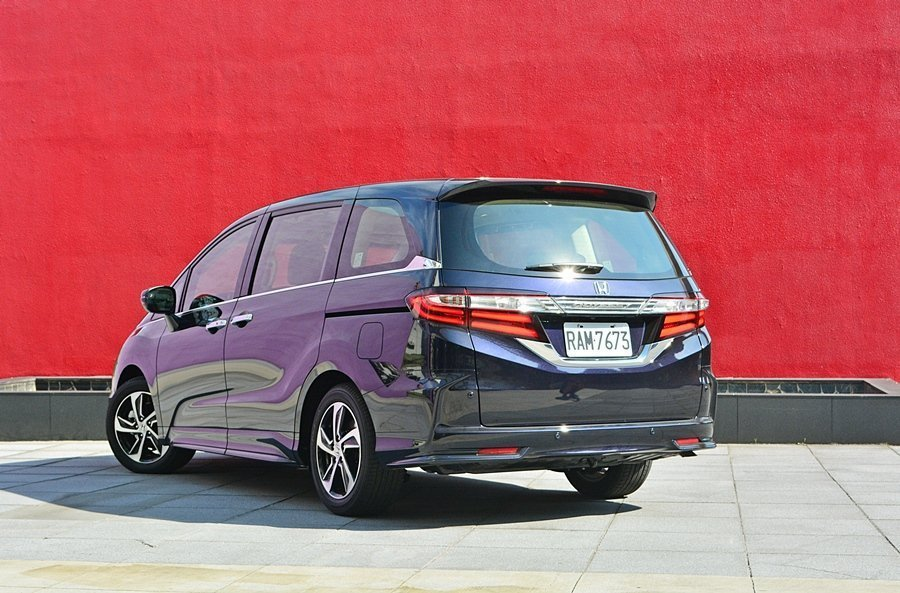 近幾年各大車廠紛紛推出渦輪引擎車款,期待Honda能替改款或下一代Odyssey...
