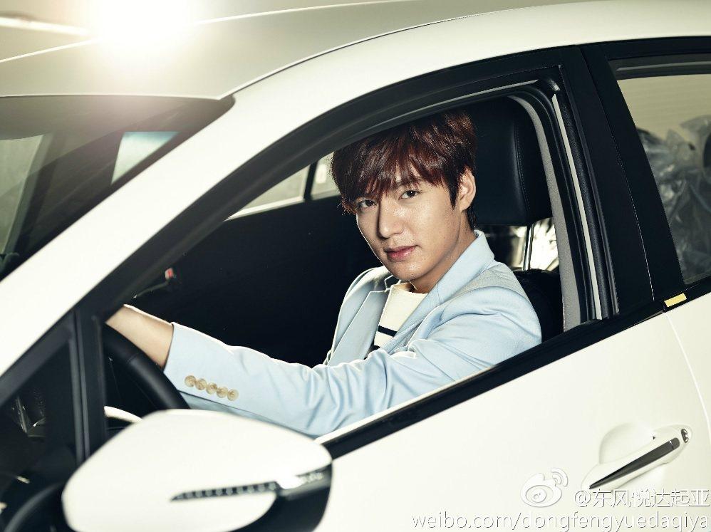 李敏鎬曾受大陸韓系車廠邀請擔任代言。 截自東風悅達起亞微博