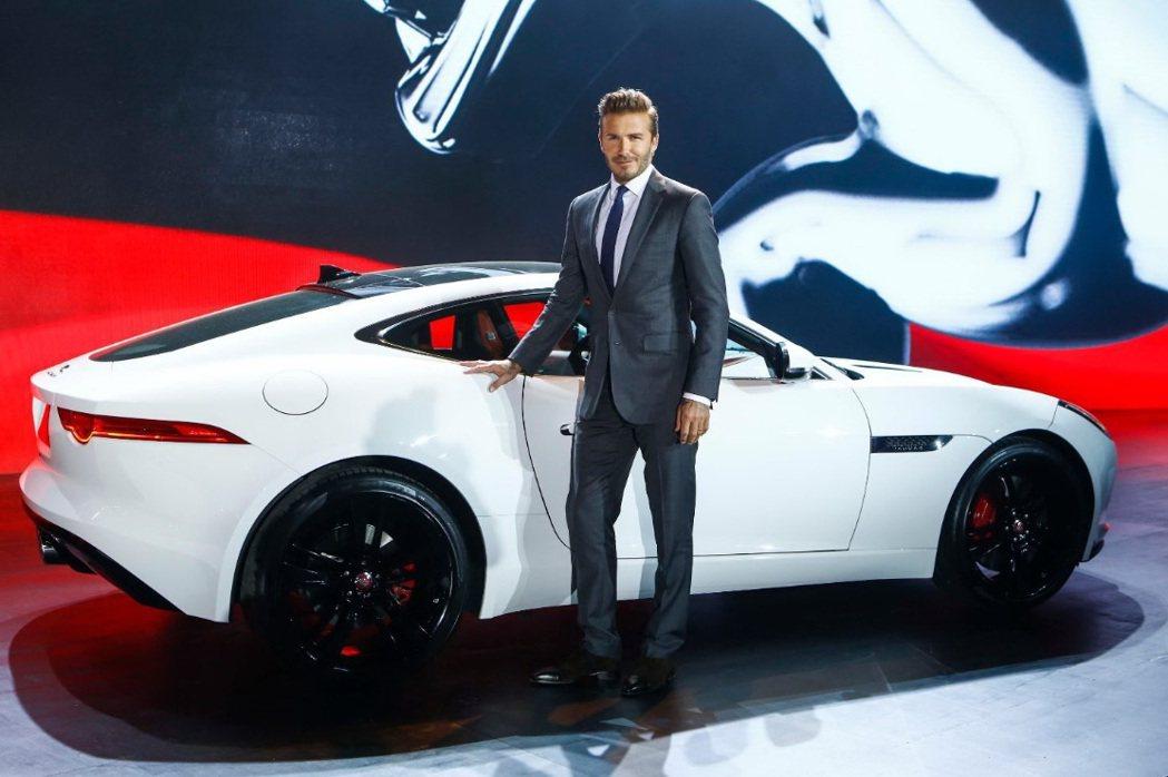 Jaguar北京車展特請來大中華地區品牌大使貝克漢站台造勢,詮釋全新F-Type...