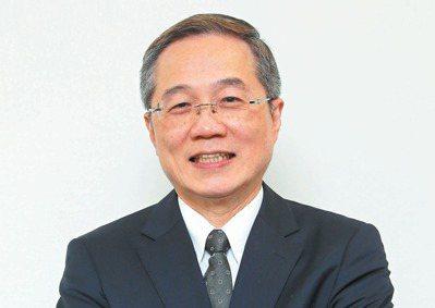 台北榮總院長張德明表示,面對未來五分之一老年人口的社會,敬佩聯合報願景工作室願投...