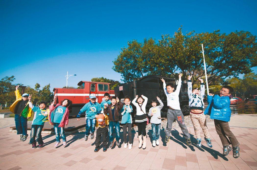嘉義市幸福指數位居全第七名,以「台灣幸福座標」觀察,嘉義市獲得了「主客觀雙優」的...