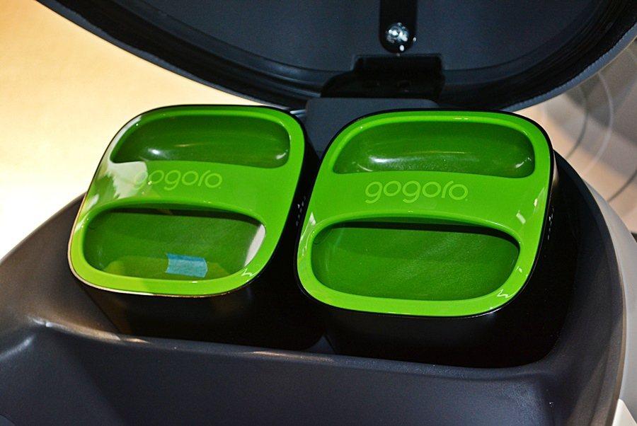 Gogoro的Smartscooter配高效鋰電池,應付都會日常交通代步已相當夠...