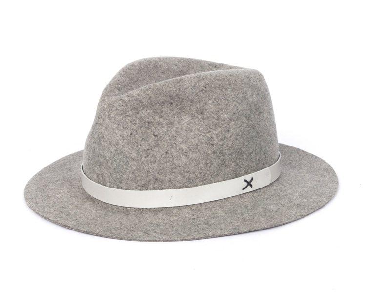 淺灰色羊毛淺頂軟呢帽,價格8,000元。圖/rag & bone提供