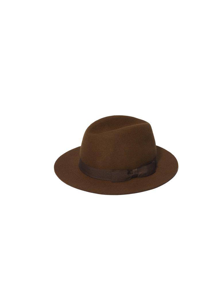 紳士造型不可少的羊毛軟呢帽。圖/Club Monaco提供