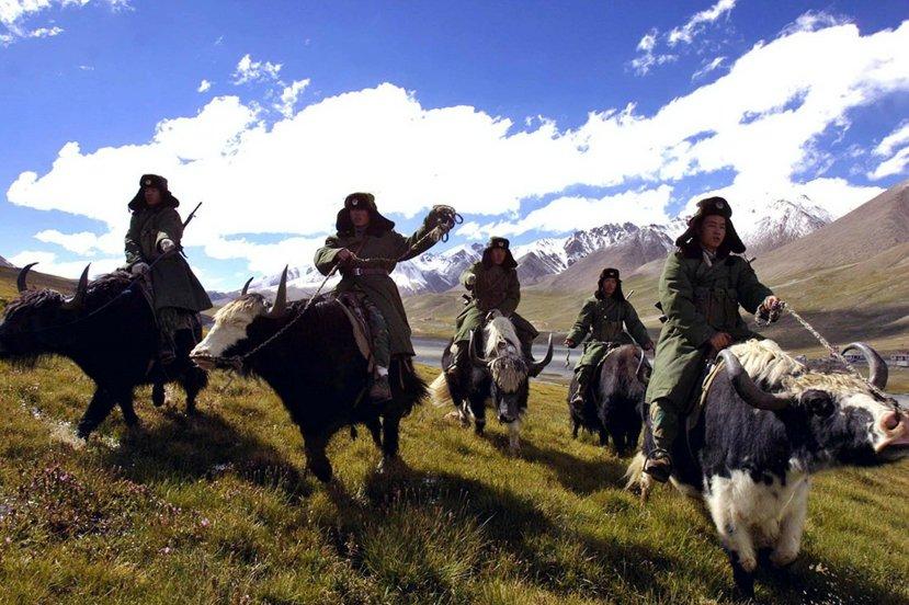新疆邊境的巡邏解放軍。圖/美聯社