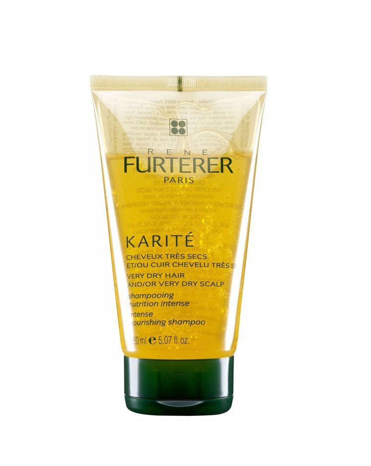 Karite雪亞脂極緻髮浴 150ml。搭配指腹按摩溫和清潔頭皮頭髮,同步滋潤、...