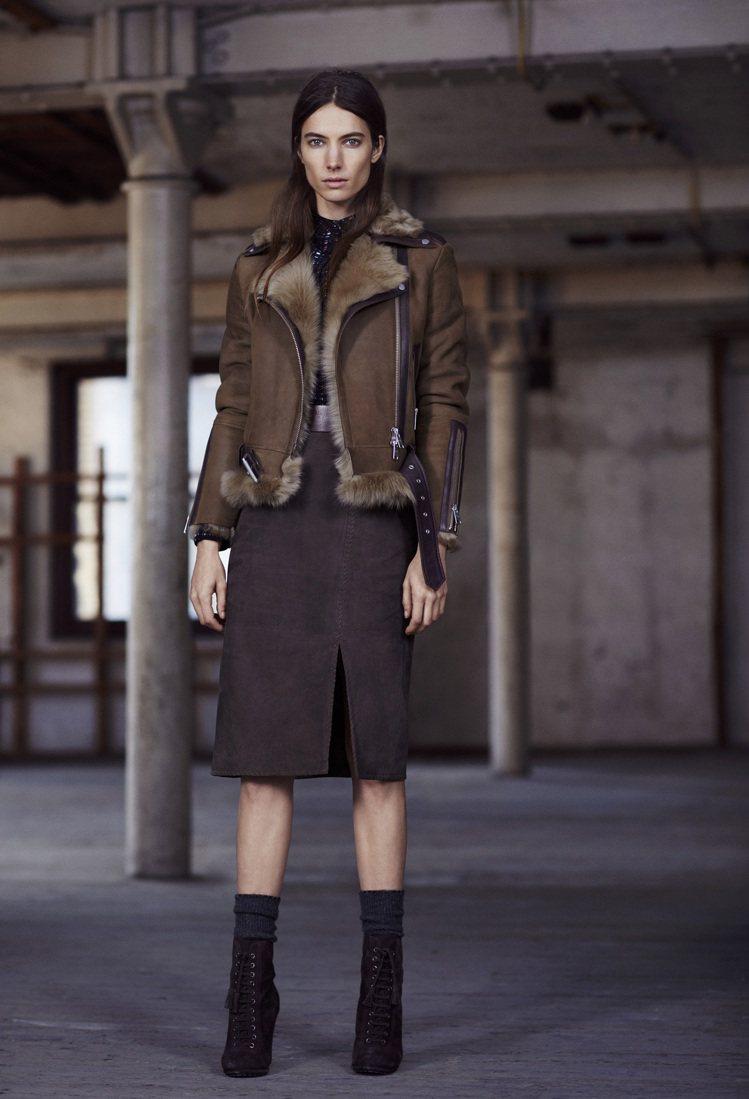 ALLSAINTS的翻毛領內裡騎士夾克極具品牌的帥勁風格。圖/ALLSAINTS...
