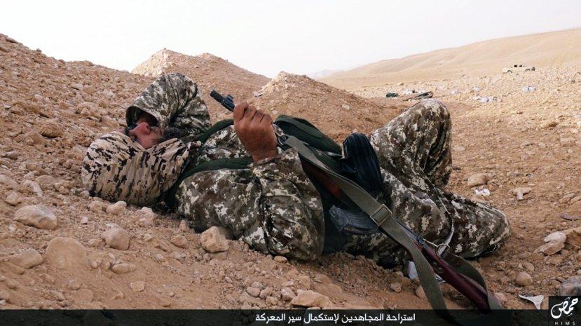 睡覺中的ISIS戰士。(資料圖片:非文中當事人)