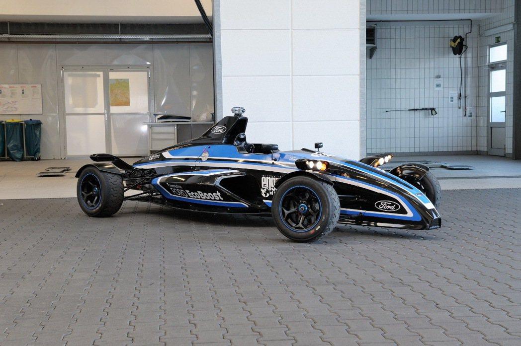 Ford Formula EcoBoost道路版方程式賽車首次亮相台灣,搭載1....