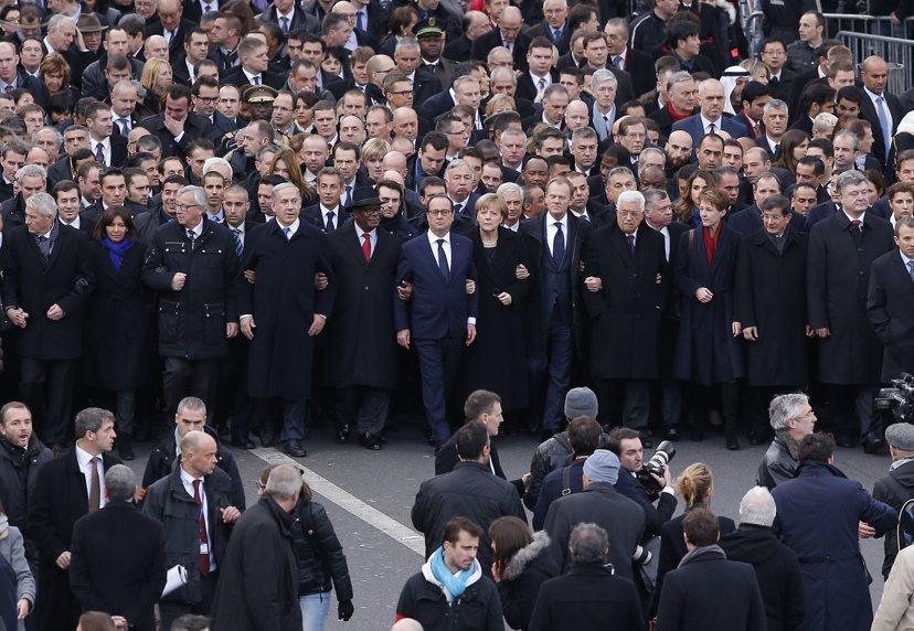 今年年初《查理週刊事件》後,世界、歐洲以及歐盟領袖們齊聚巴黎哀悼,展現一致對抗暴...