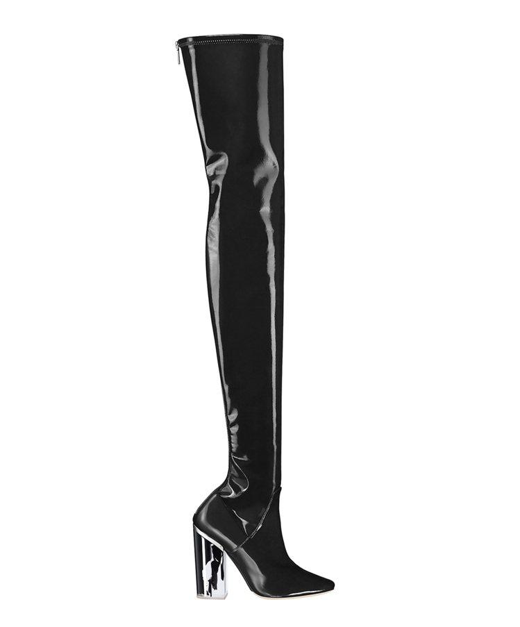 黑色漆皮與黑色油墨透明鞋高膝上長靴 NT$95,000。圖/Dior提供