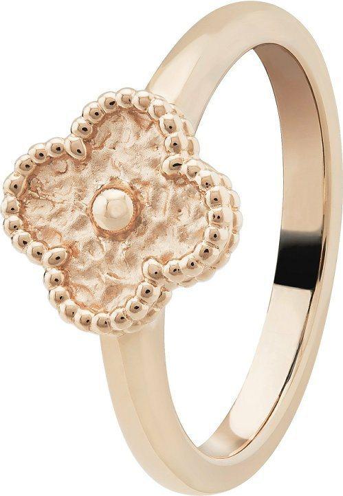 Sweet Alhambra玫瑰金戒指,65,000元。圖/梵克雅寶提供