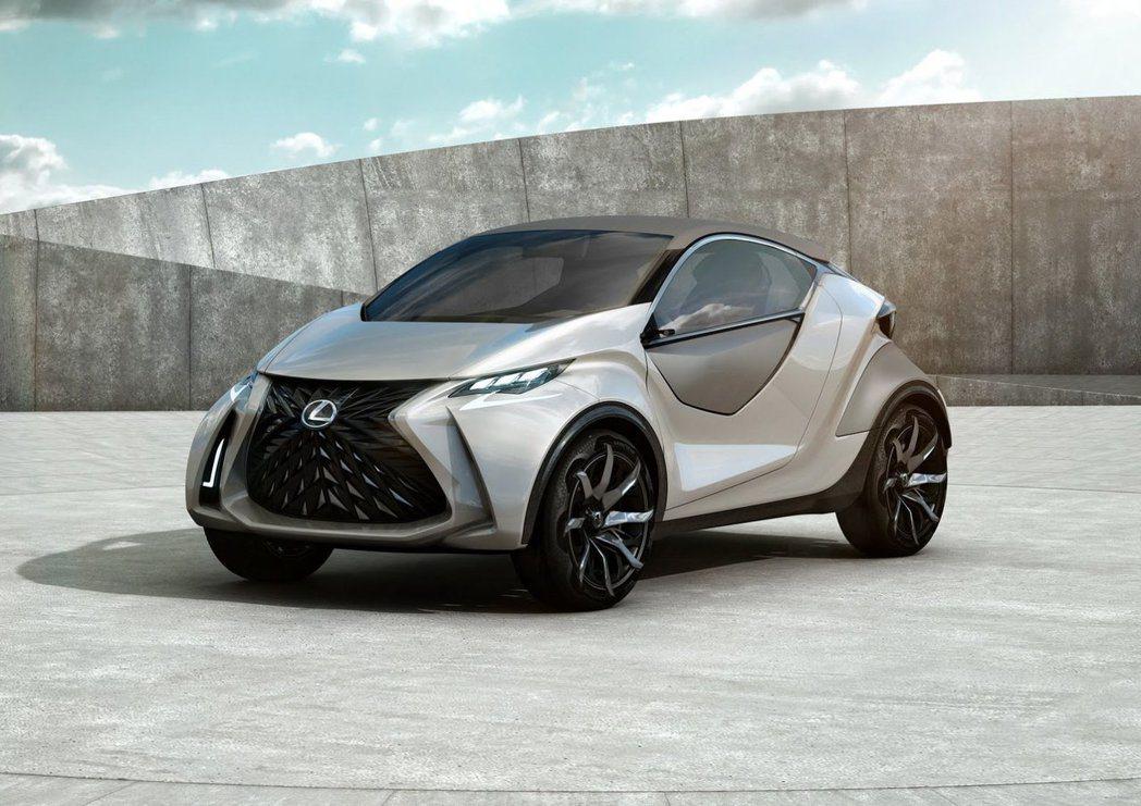 LF-SA能夠在都市街道展現機動性和敏捷性。 圖/Lexus提供