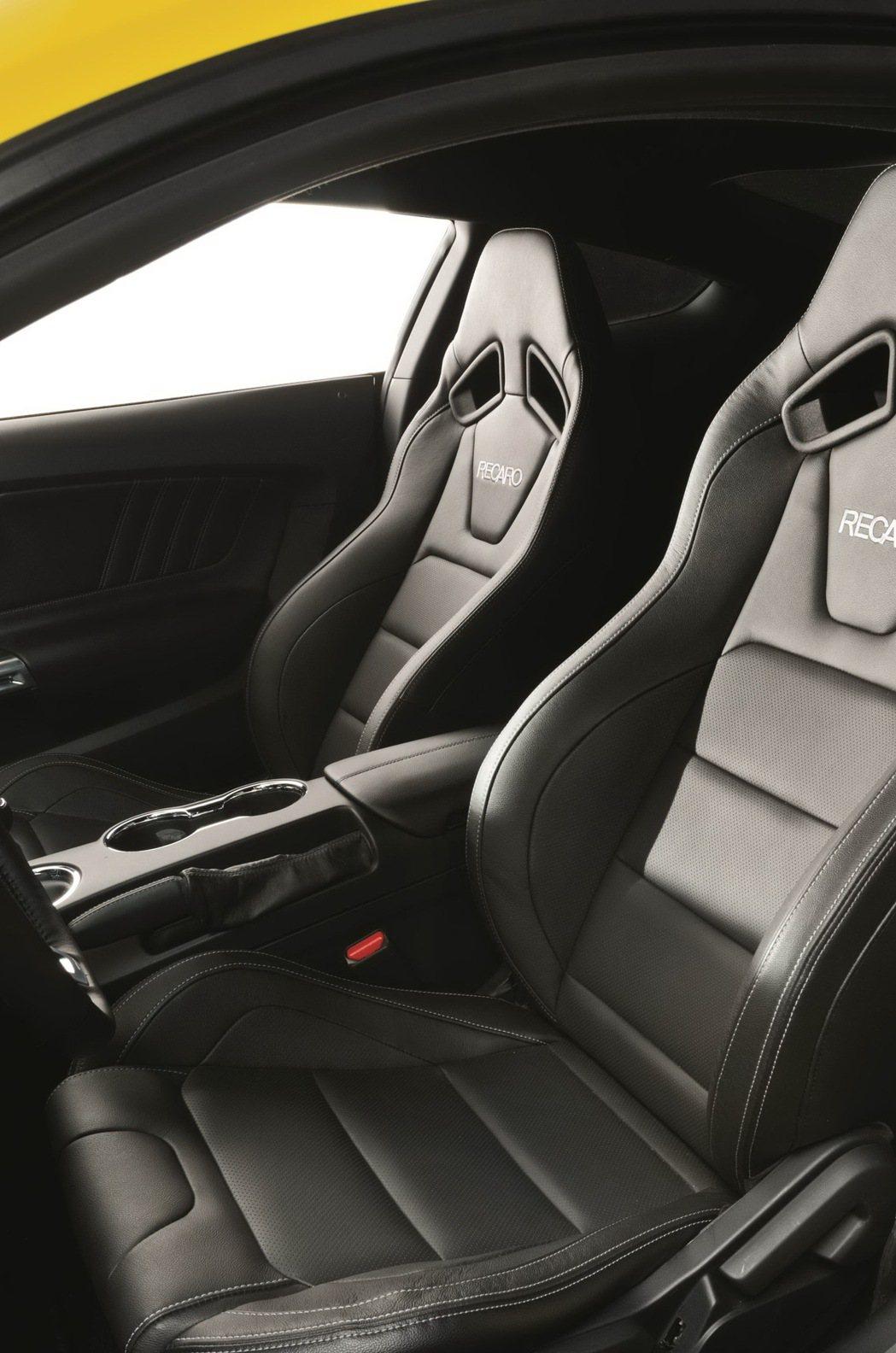 Ford New Mustang 5.0L GT在台灣市場標配野馬性能套件GT版...