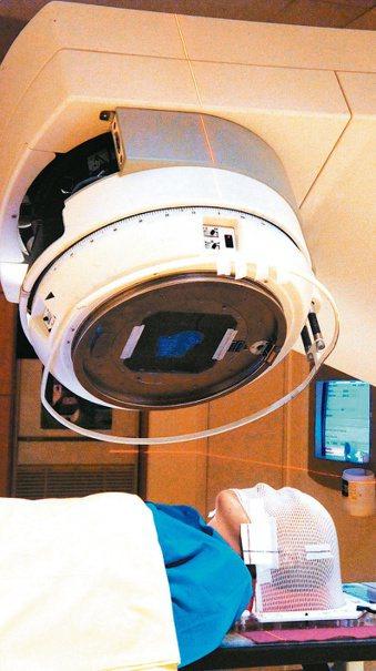 正在做化療的癌症病患,很容易發生營養不良的狀況,影響治療效果。 報系資料照