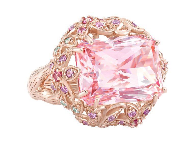 Goddess系列粉色晶鑽戒指,18,000元。圖/Arte提供