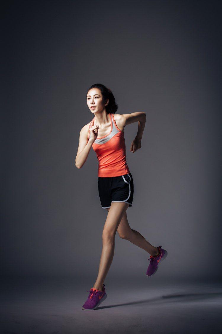 KODZ運動服飾系列流線色彩亮麗且舒適親膚。圖/KODZ提供