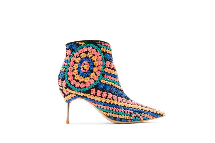 Sophia Webster花樣踝靴,售價22,280元。圖/初衣食午提供
