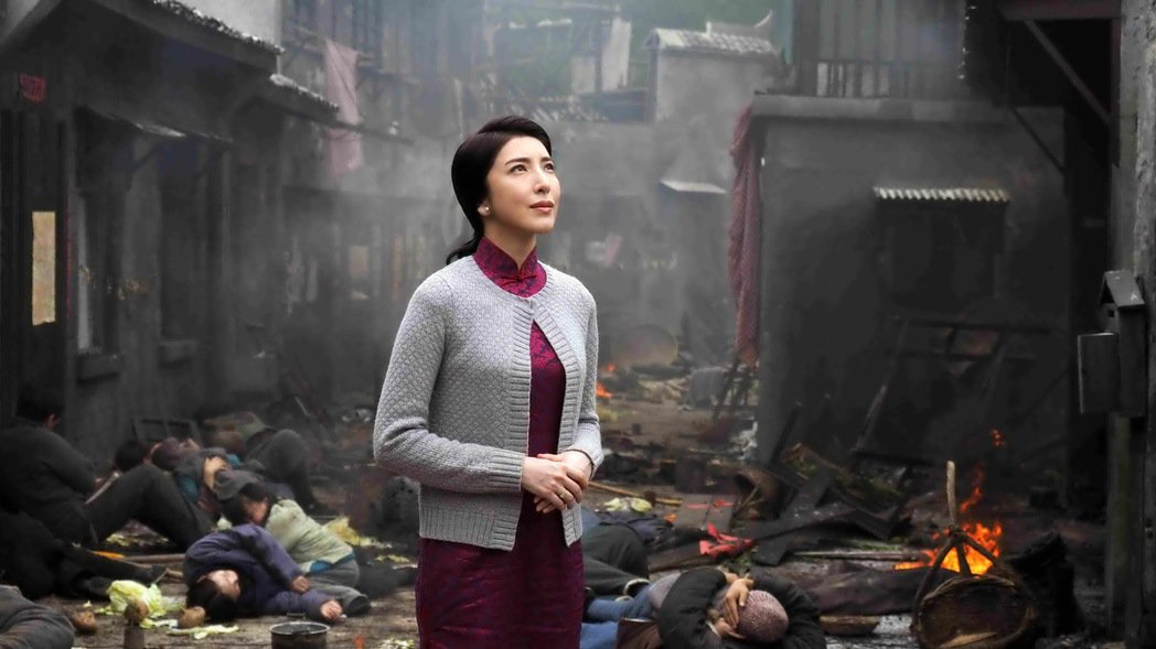 楊謹華在新戲《一把青》飾演飛官眷村的師娘。 圖/公視提供,許培鴻攝影