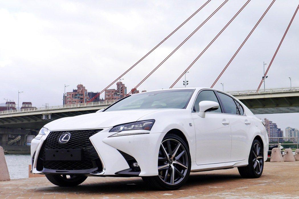Lexus GS車系因為將會與全新的LS車系在動力選擇上重疊,所以據傳新世代車款開發暫時停擺。 記者陳威任/攝影