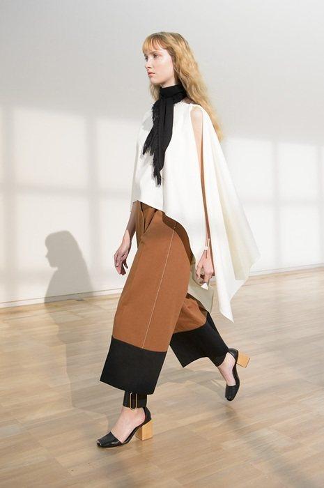Christophe Lemaire的設計,是喜歡簡潔、質感和經典的,在他的想法...